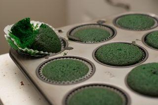 Green_velvet_eat