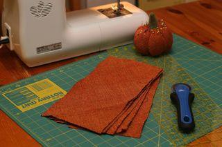 Tgiving_pumpkin_fabric