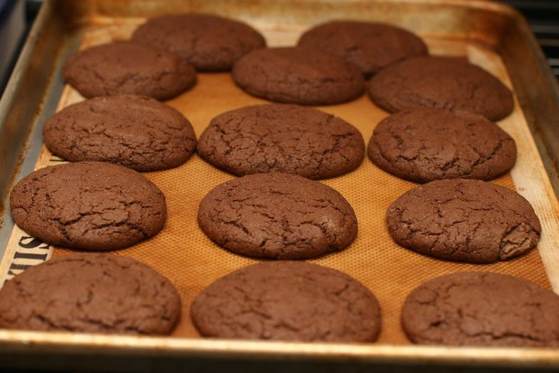 Raspberry_filled_chocolate_cookies